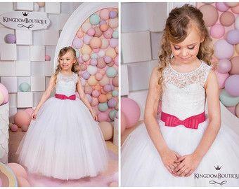 Capuccino marfil flor vestido de niña boda por KingdomBoutiqueUA