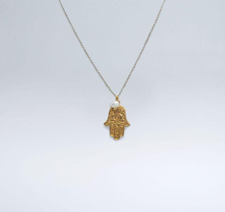Fio Mão de Fatima em Prata com Banho de Ouro +info: joias.she@gmail.com