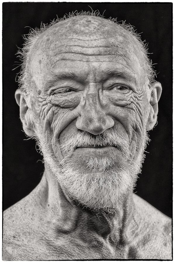 The Old Man, wrinckles, lines of life, beard, beauty, weathered, powerful face, intense eyes, portrait, photo b/w.