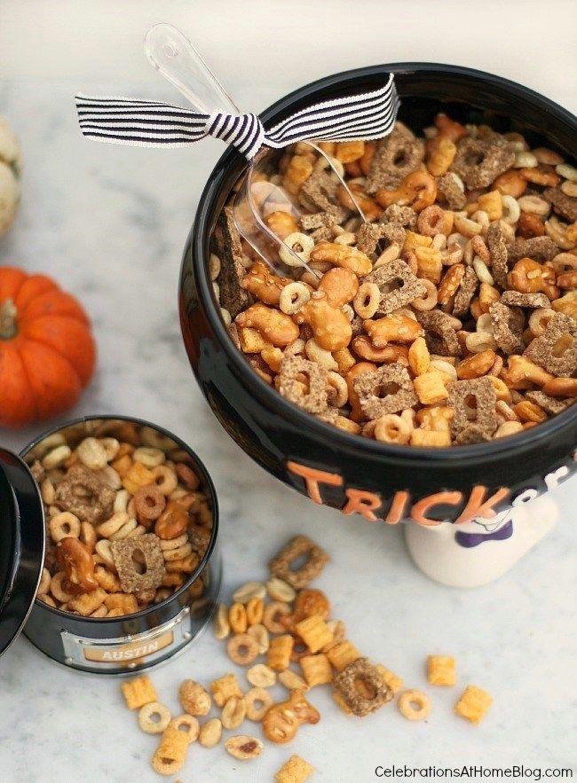 Halloween Party Snack Mix Kitty Kibble