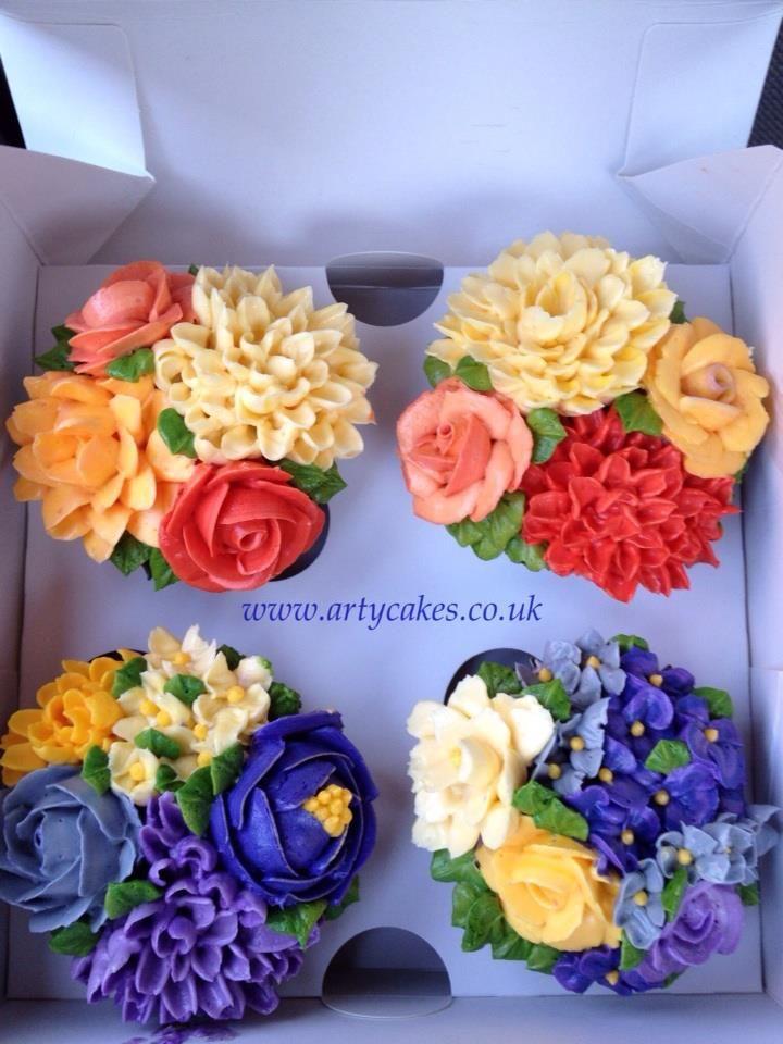 Maha's  Arty Cakes   Gorgeous!