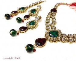#double #string #Kundan #sets http://www.jillmill.com/kundan-designs/