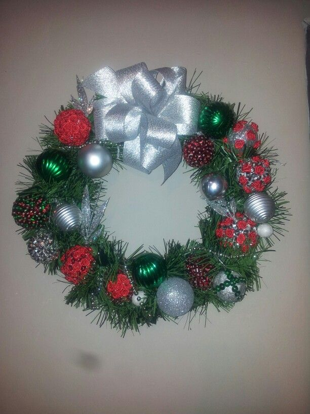 The 25+ best Christmas reef ideas on Pinterest | Diy door wreaths ...