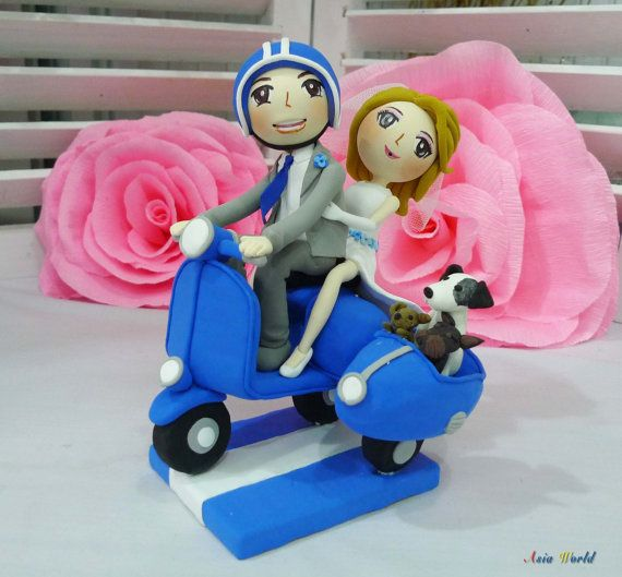 Wedding Cake topper Blue Vespa wedding clay couple with Side attachment for their pets clay doll, clay miniature, clay figurine wedding gift on Etsy, $128.50