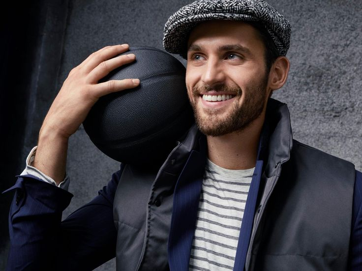 """Kevin Love, """"Wrapping up Banana Republic's 30 gifts…and my ..."""