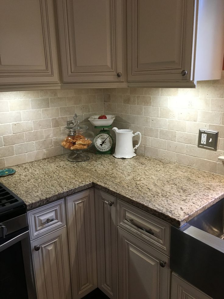 New Traventine Back Splash Giallo Ornamental Granite