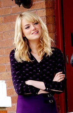 Emma Stone as Gwen Stacy hair. I'm nervous to get bangs again but I really love this cut. Seems really versatile, straight or curly.