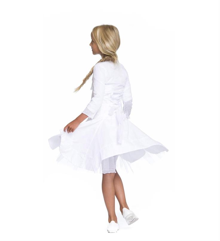 Gymp mouwloze witte jurk met aangerimpelde achterzijde en decoratief lint - feestkleding - communie kleding - NummerZestien.eu