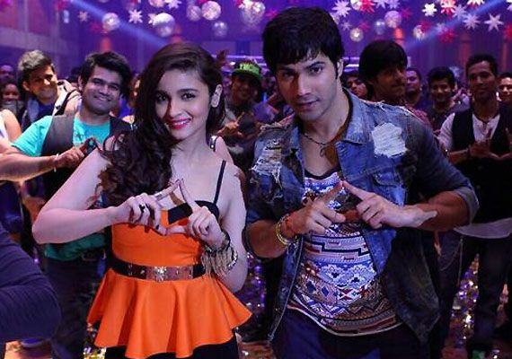 Humpty Sharma Ki Dulhania 'Lucky Tu Lucky Me' song review: Varun nails it with 'fab' rap