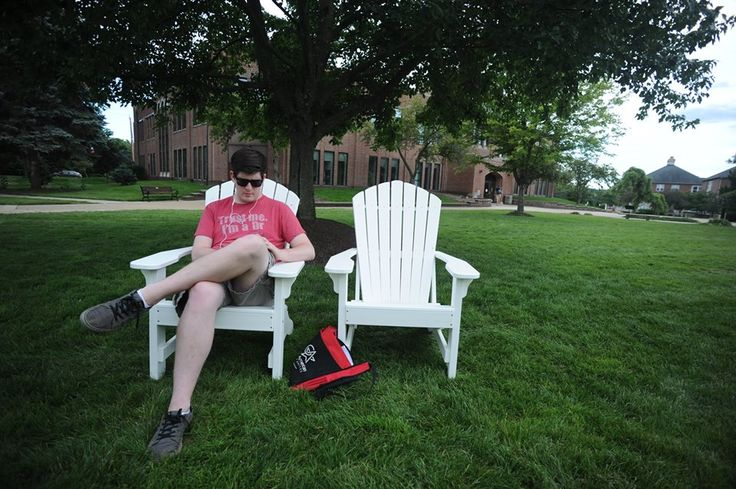 "Happy #LaborDay, #Otterbein! Offices are closed and there's no classes. Kick-back, relax and enjoy the day!""The mind should be allowed some relaxation, that it may return to its work all the better for the rest."" - Seneca the Younger, #MondayMotivation"
