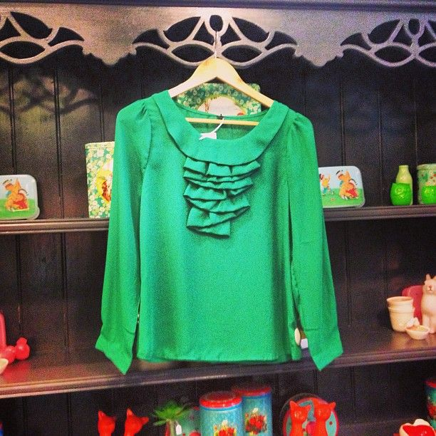 Loving this ladylike emerald blouse from swan emporium, would look amazing tucked into a high waisted leather skirt