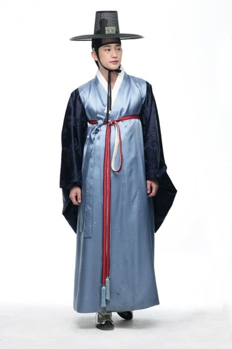 Joseon dynasty. Korean traditional costume for men