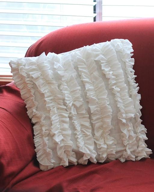 Ruffle Pillow Tutorial with t-shirt & pillowcase