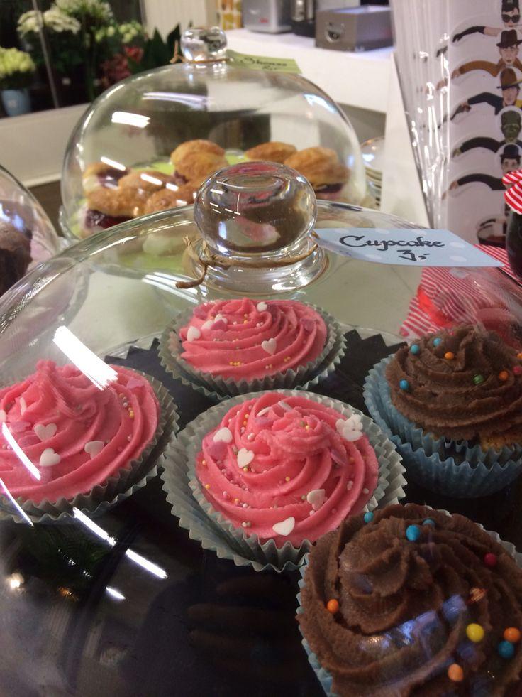 Whitechocolate cupcakes too good to be true