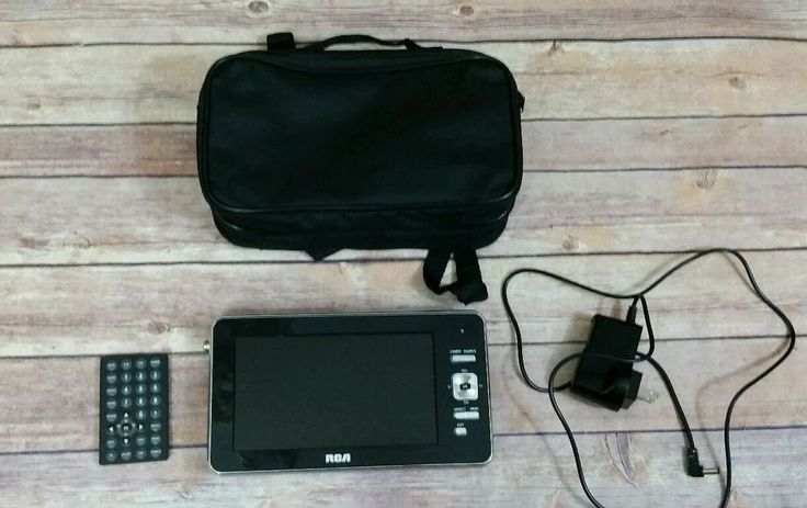 "RCA 7"" Portable LCD Television DPTM70R Black"