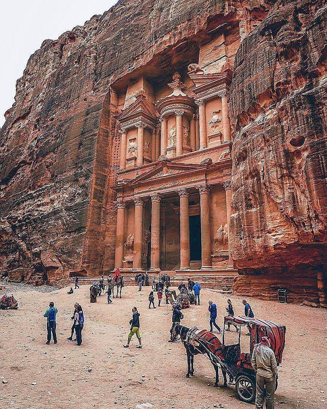 Petra, Jordan. Photo by @kerimayar
