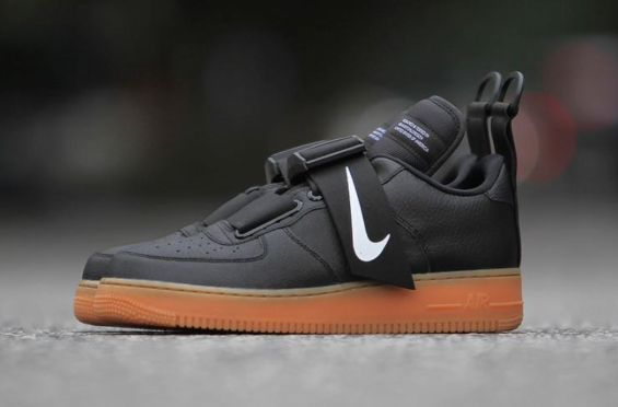 Sneakers Nike : The Nike Air Force 1 Low Utility Black Gum