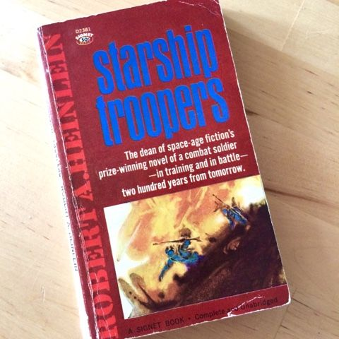 starship troopers book summary