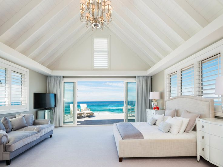 1/5/15 Main Beach, QLD Sales Agents - David Vertullo and Murray Schmidt Professionals - Vertullo Real Estate 07 5501 4000 Property Video - www.youtube.com/watch?v=aIQl_VsMsvA #bedroom #bed #bedroominspo #goldcoast #queensland #realestate