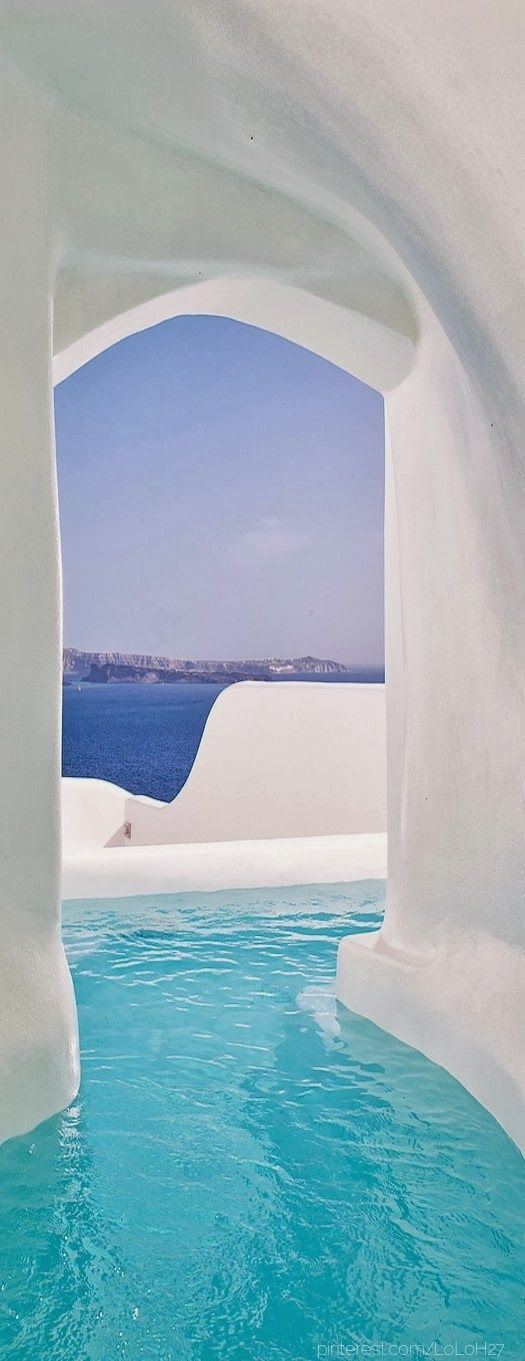 Oia Hotel, Santorini, Greece - I've been to Santorini before, but this is just gorgeous
