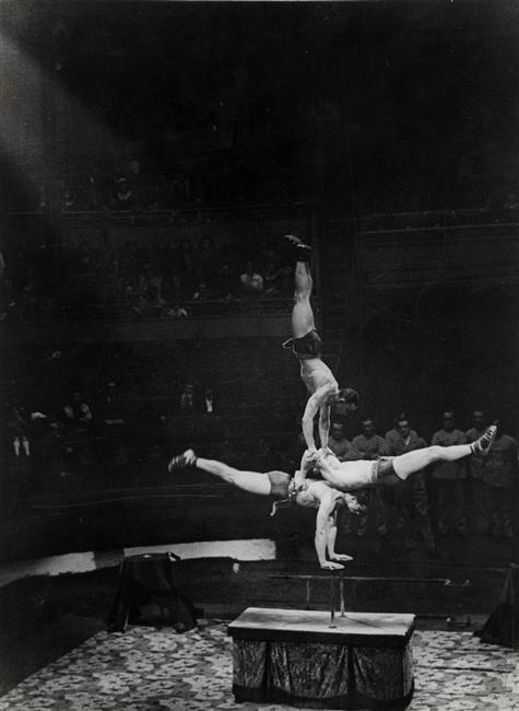 Au cirque Medrano. Brassaï, 1932.