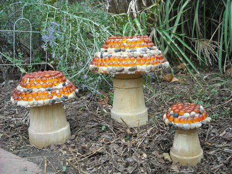 Mosaic Mushrooms - How to make using terracotta pot and saucer Precious! Making these this week for Patrick's Green Garden! (In green of course)