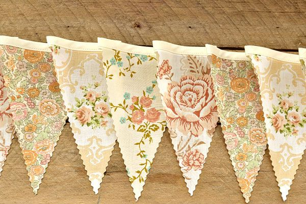 English Garden - Vintage Bunting Banner with 12 Flags.
