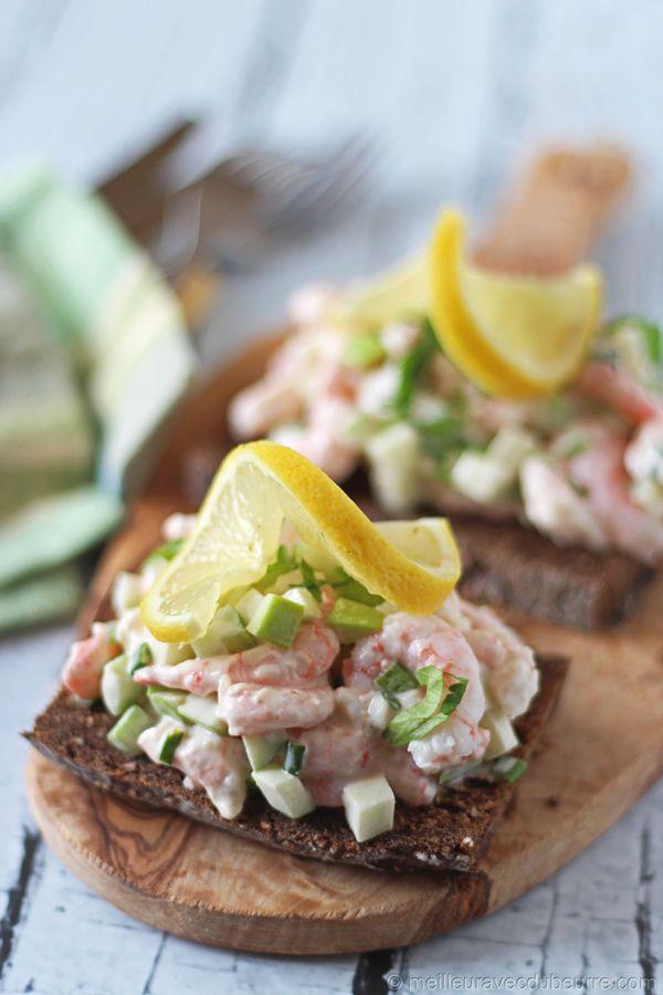 Smørrebrød aux crevettes et à la pomme verte / Danish Shrimp and Apple Open Face Sandwich