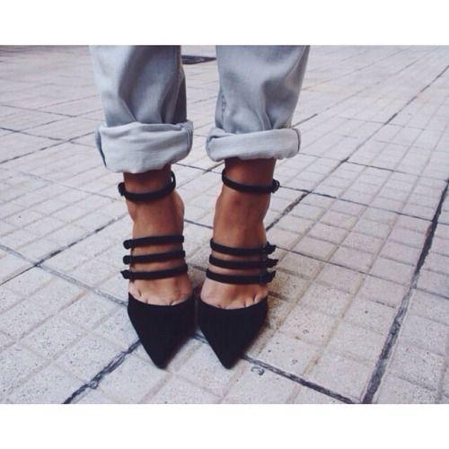 super scrappy black pumps | #shoes #style