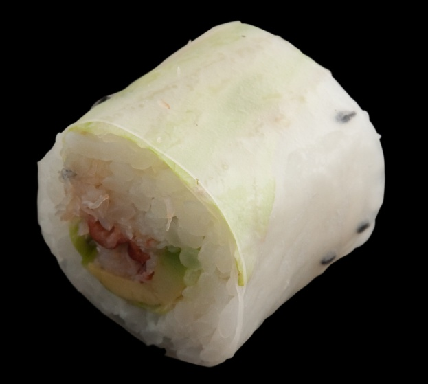Chili Crab Summer Roll at Sushi Counter - 30 AED (6 pieces) - call for delivery in Dubai!