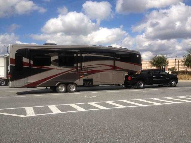 2010 Used Carriage Royals International 36MAX1 Fifth Wheel in Georgia GA.Recreational Vehicle, rv, 2010 Carriage Royals International 36MAX1, Smoke and Pet free,380 watts solar with 6 batteries,2800 watt pure sine inverter, onan 5500 generator,new 17.5 good year H range and new rims, select comfort queen bed, W&D, dishwasher, dish auto seek, You won,t find a better unit always stored inside. Also have a 2011 GMC Denali with 20,000 miles will sale also! it is loaded with everything like new…