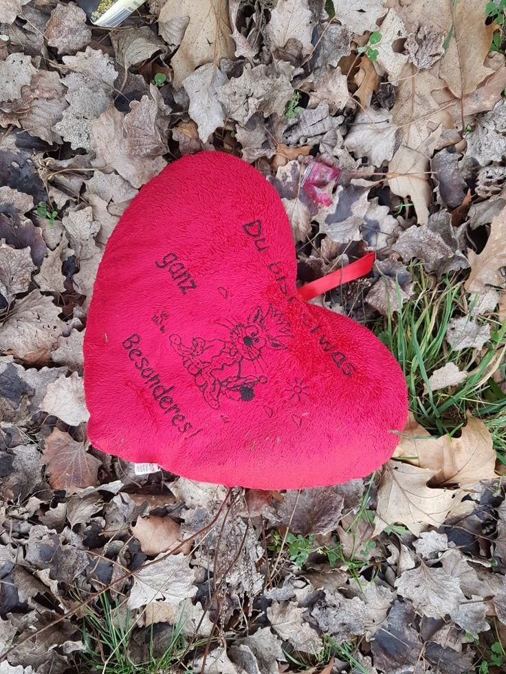 Du bist etwas ganz Besonderes! - Und jetzt? ¡Eres algo muí Especial! - ¿Y ahora? You're something very Special! - And now? #herz #liebe #besonders #müll #weggeworfen #corazon #amor #especial #basura #tirado #heart #love #special #trash #garbage #thrown #thrownaway