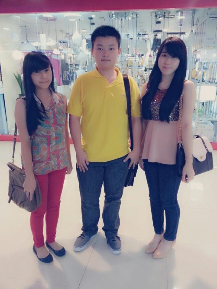@Tunungan Plaza with Cindy larisa and Helga Jesslyn