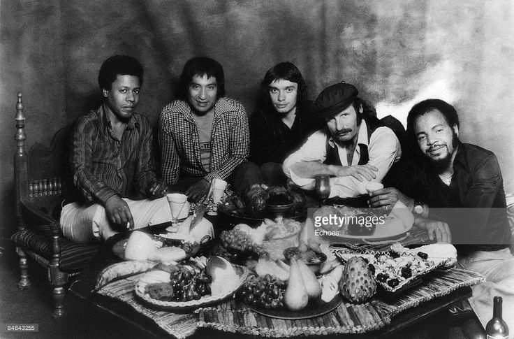 Photo of Joe ZAWINUL and Jaco PASTORIUS and WEATHER REPORT; L-R:...