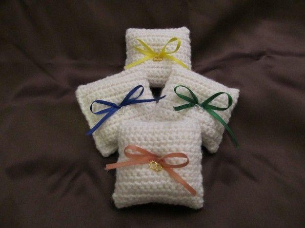 Bomboniere uncinetto sacchettini quadrati con fiocco