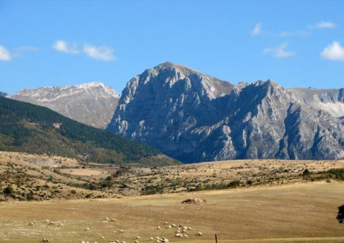 For walkers/photographers - the largely unknown Sibillini Mountains in Le Marche, #Italy #photo