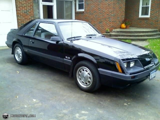 1985 mustang gt 5 0 i drove one of these for almost 5 years my list of favorite cars. Black Bedroom Furniture Sets. Home Design Ideas