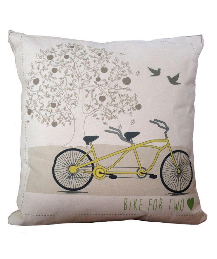 Regalos que encantan: Cojín Verde Menta Bicycle for Two en Dekosas.
