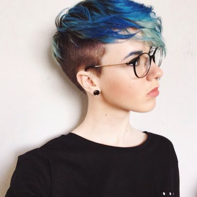 Love the blues transitioning to turquoise in this undercut of this undercut. I'm sure this would work for male & females - awesome hairstyles and one I'd love to try.