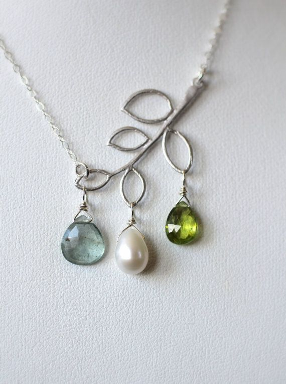 Mother's Custom Birthstone Necklace by LRoseDesigns, $55.00  I bet I could make this