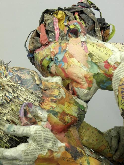 // NUUN | BERLIN // Les Journaux sculptés de Will Kurz (14) #NuunBerlin #ArtVenture #InternationalArt
