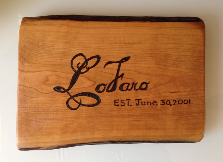 Unique Wedding Gifts Ontario : ... Personalized Gifts on Pinterest Wood gifts, Wood cake stands and