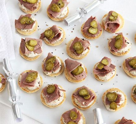17 best images about christmas starter ideas on pinterest for Roast beef canape