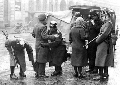 Hitler police terror