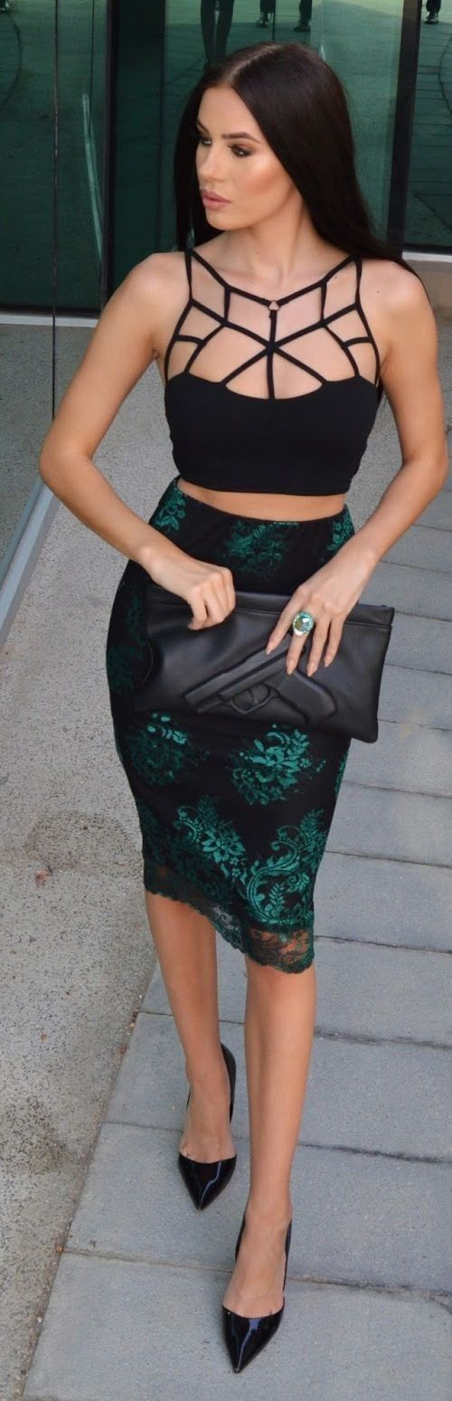 #summer #fashionistas #laurabadura #klaudiabadura |  Caged Crop Top + Green Pencil Skirt