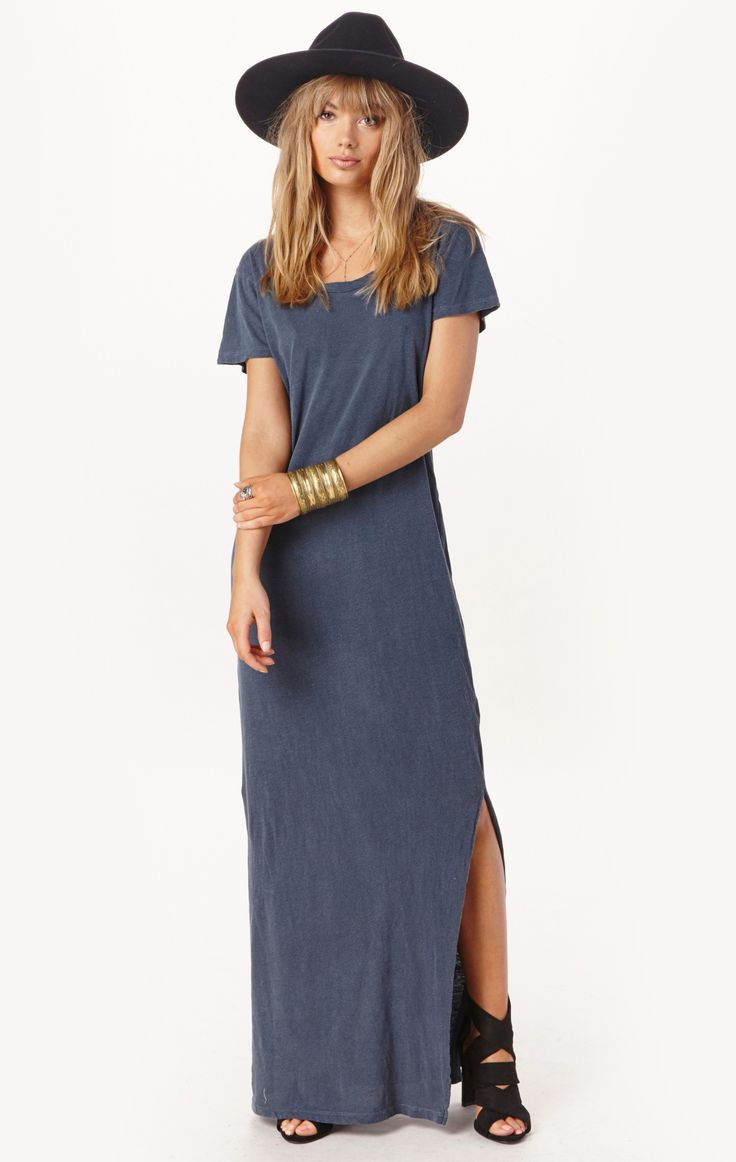 t-shirt maxi dress by LNA | PLANET BLUE