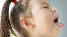 Votre toux ne vous lâche plus ? Vous aimeriez un vrai bon remède naturel et efficace pour vous en débarrasser ? Rien de tel qu'un bon remède maison. Comment préparer son sirop maison ? Pour p