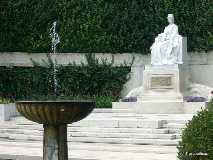 Monument to Elisabeth of Austria ('Sisi') in Vienna, Austria