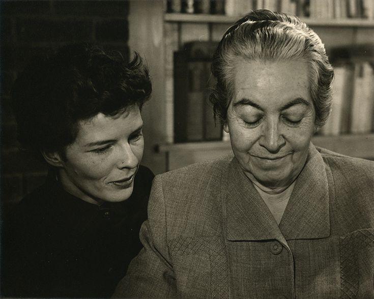 Retrato Gabriela Mistral y Doris Dana, sin fecha