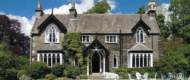 For more information about Cedar Manor Hotel & Restaurant.  Ambleside Road Windermere Cumbria LA23 1AX Tel. 015394 43192,  Email: stay@cedarmanor.co.uk. FB: https://www.facebook.com/lakedistricthotel Twitter: https://twitter.com/CedarManorHotel Website: http://www.cedarmanor.co.uk/